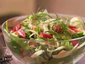 strawberry fennel salad